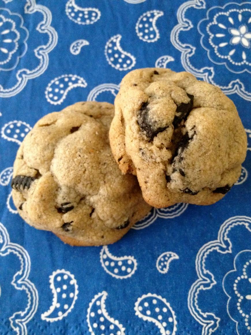 Peanut Butter 'n Oreo Cookies