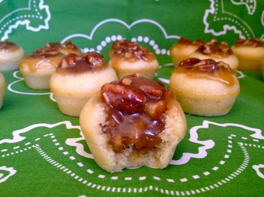 Mini Pecan Pie Cupcakes